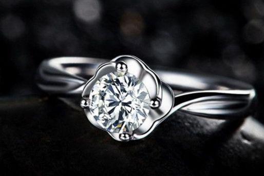 买钻石什么品牌最好
