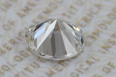 钻石一般多少克拉