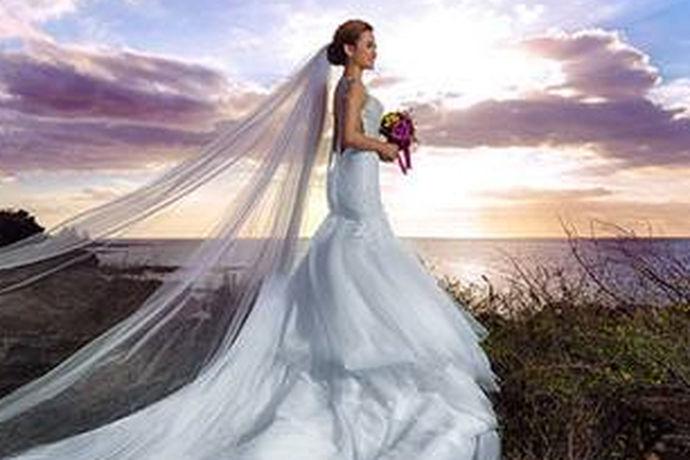 婚纱摄影可以算得上是结婚中的重头戏了,毕竟婚纱照可以直观的看出新人们的甜蜜爱情。在婚纱摄影方便新人们通常会思虑再三,渴望挑选到最好的婚纱摄影机构为自己的婚礼服务,其实这种心态是很常见的,毕竟结婚是人生中的大事,丝毫马虎不得。那么对于婚纱摄影那得好,这个问题小编相信大家并不是很了解,今天小编就和大家一起来看看婚纱摄影那得好。