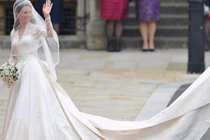 结婚几套婚纱