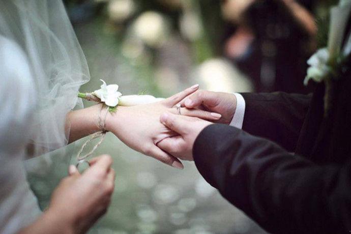 如果有人问你,你这一生中最重要的事情是什么?你可能就会说是结婚吧,结婚这么的重要,所以说在拍摄婚纱照的时候都会选择一个比较好的婚纱摄影店来拍摄自己的婚纱照。今天中国婚博会小编就给大家介绍一下佰影汇婚纱摄影怎么样?
