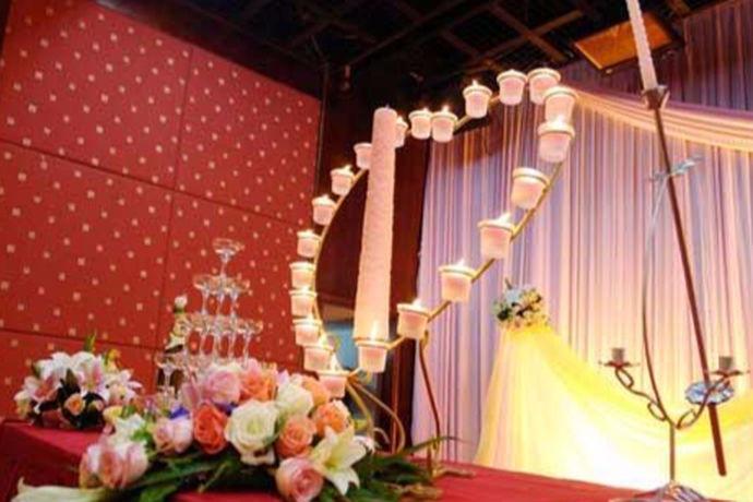 北京婚博会是中国婚博会在北京的分会,中国婚博会是世界超大婚博会,世界品牌结婚展览。每年都会在北京,广州,天津,上海,杭州,武汉,成都等地同时举办春夏秋冬四季展览。而北京作为首都,婚博会的规模自然更盛于其他城市。接下来就跟随小编一起看看北京婚博会2020时间表。