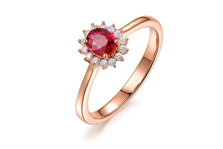 周大福1克拉红宝石戒指