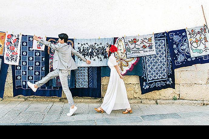 大部分的新人在结婚之前都会拍摄自己的婚纱摄影照,现在人们对于自己的婚纱照要求越来越高,今天中国婚博会小编就为大家带来北京金夫人婚纱摄影地址。