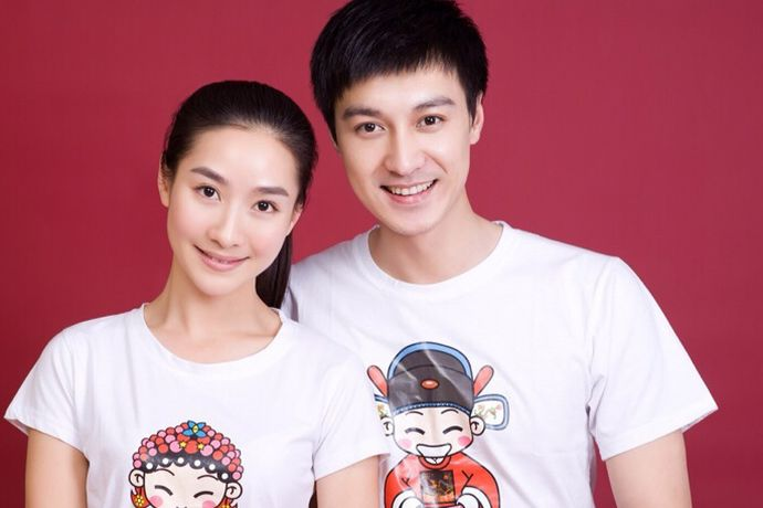 在中国,结婚证是合法夫妻中一个非常重要的证件,每一个人在结婚前都要去民政局领取结婚证。今天中国婚博会小编就为你们带来结婚证登记需要什么证件?