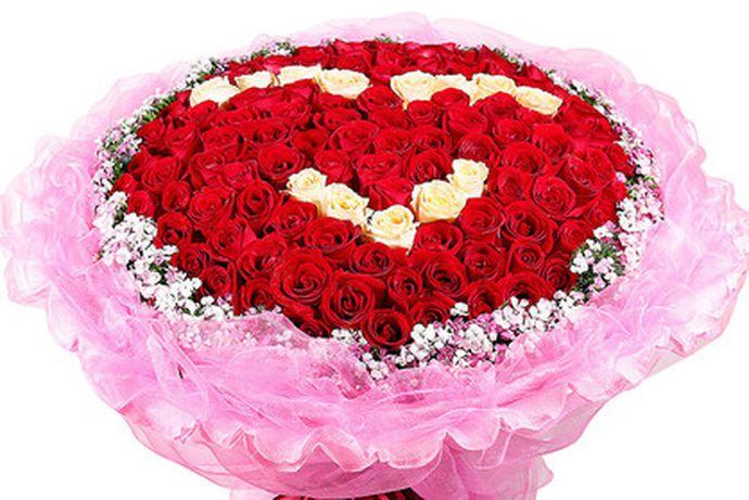 结婚纪念日对于夫妻来说是一个非常重要的节日,每一个人在结婚之后都会有自己的结婚纪念日。今天中国婚博会小编就为你们带来10周年结婚纪念日送什么花?
