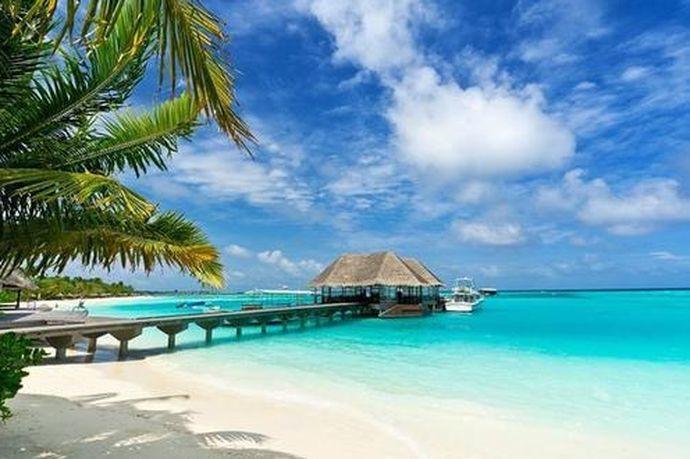 为了追求更高品质的婚礼,很多的新人都会去浪漫至极的巴厘岛结婚,而且巴厘岛是新人选择的结婚的一个圣地,最近很多的明星都会去这里结婚,那么在巴厘岛举办一场婚礼需要花多少钱呢?接下来就让小编给大家介绍一下巴厘岛结婚多少钱,或者和小编一起了解一下吧。