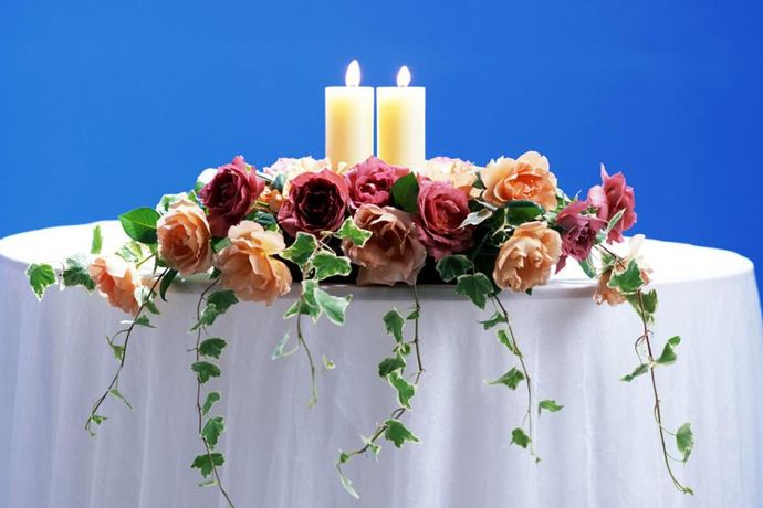 每一场结婚都会有一个婚礼策划,婚礼策划是可以为新人们量身打造出来,新人们想要的婚礼效果,所以很多人都想了解婚庆是什么意思及选择婚庆公司要注意什么,大家如果感兴趣的话,就和中国婚博会小编一起看下去吧!