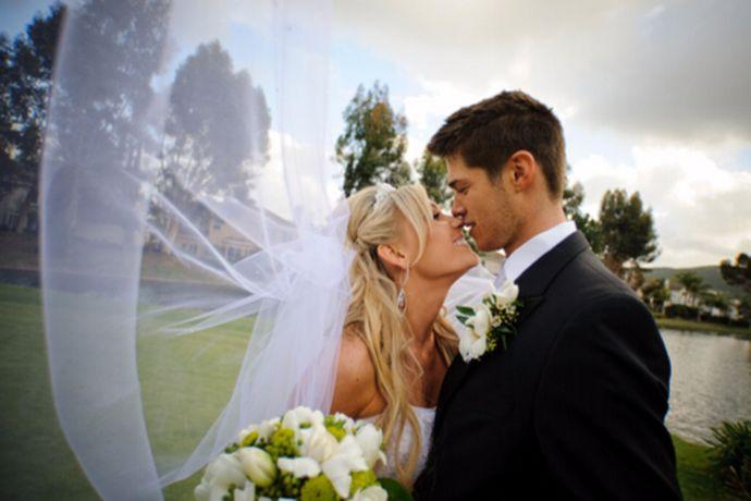 结婚是一个非常重要的事情,很多人在结婚的时候就会去看一下吉利的日子,然后希望能够选择一个合适的日子,作为自己结婚的日子,也自己婚后的生活带来一个好运,那么很多人不知道在十月份适合结婚的日子有哪些呢?下面就和小编一起来看一看十月适宜结婚的日子这个问题吧!