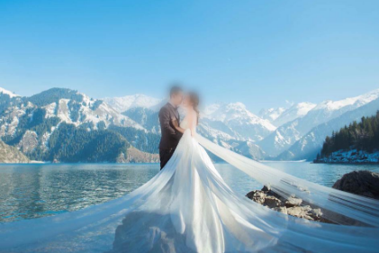 乌鲁木齐婚纱摄影哪家好