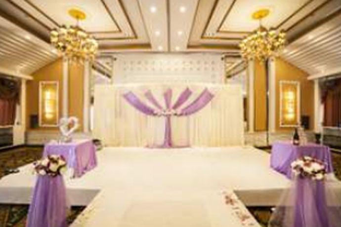 在北京这个发达的城市,婚礼策划机构自然是遍地开花,五花八门。面对如此众多的婚礼策划公司,很多新人布置如何下手。接下来小编就给大家带来北京婚礼策划哪家最好推荐内容。