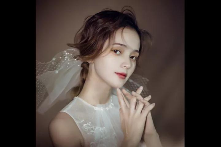 新娘妆在婚礼当天要换几次?