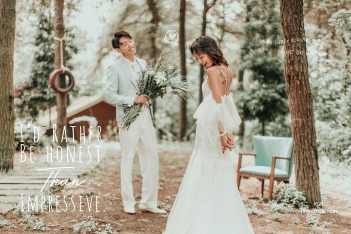 婚纱照一套多少钱?