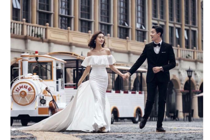 现在旅拍婚照已经是一种潮流,可以享受一边旅游一边拍婚纱照!不少新人其实有听过唯一旅拍,但对他们家可能还不是很了解,那唯一旅拍好吗?是个怎么样的品牌呢?今天婚芭莎小编跟大家说说。