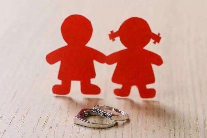 """随着法律体系的完善和普及,越来越多的年轻夫妻开始签订婚内财产协议,对婚内的各项财产做出约定。但依然会有因此协议发生的财产纠纷,那签订婚内财产协议是否还有必要?签订的这份""""婚内财产协议""""是否具有法律效力呢?婚芭莎小编翻阅了各种资料,下面为大家简单的解释下这个问题。"""