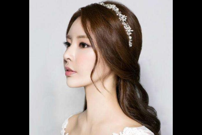 新娘妆一般收费多少钱,贵吗?