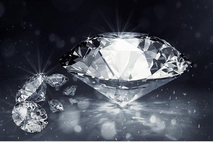 钻石30分是0.3克拉。钻石和分都是都是钻石的重量单位,克拉通常用于计量大于一克拉的钻石,而分通常计量小于一克拉的钻石。根据现定标准一克拉等于100分,所以钻石30分就是0.3.克拉。