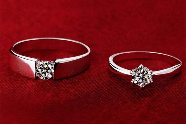 结婚对戒是男方买吗