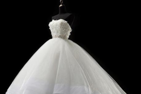 怀孕可以穿婚纱吗