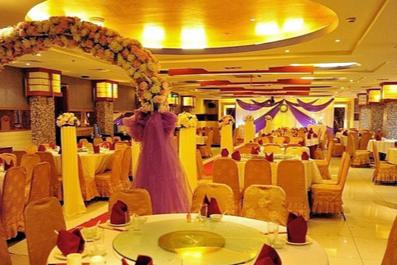 婚宴一般一桌多少人