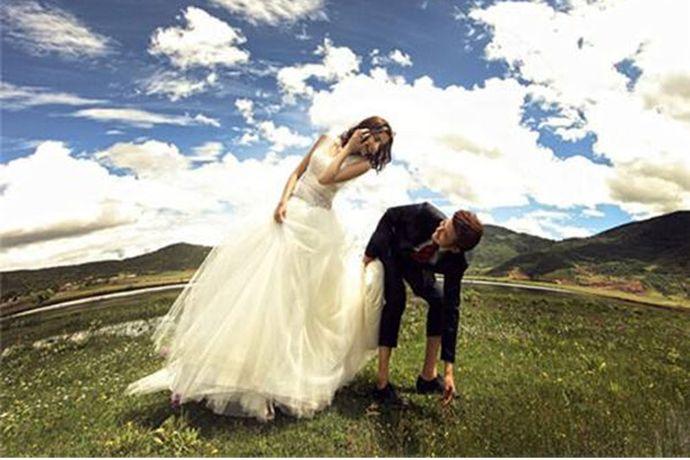 拍摄婚纱照时人生中十分重要的一次体验,肯定要选择正规、靠谱的婚纱摄影机构了。那么大家听说过柠檬树婚纱摄影吗?今天小编就给大家来说一下柠檬树婚纱摄影怎么样吧!