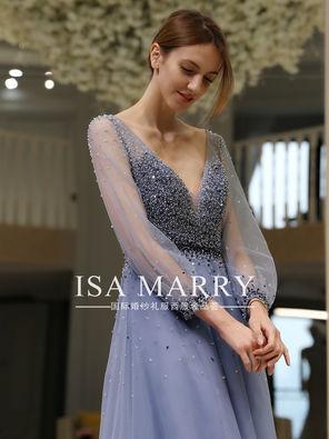 蓝色美背礼服