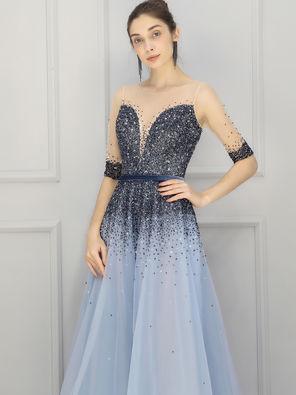 蓝色星空礼服