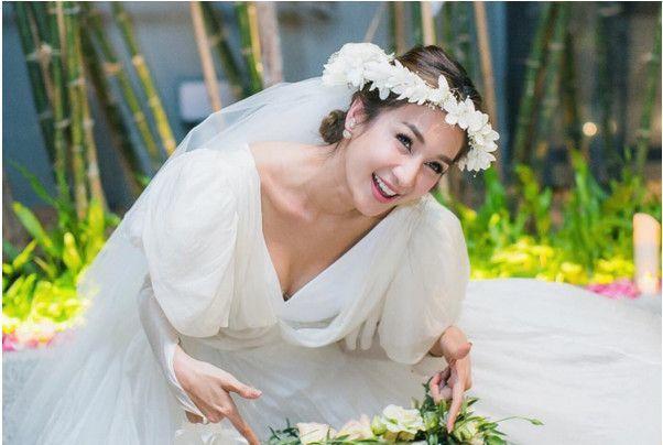 """泰国版黄晓明&amp;Angelababy的""""<a href='https://www.jiehun.com.cn/tag/a7503/' target='_blank'>世纪婚礼</a>"""",美得清新脱俗哇~"""