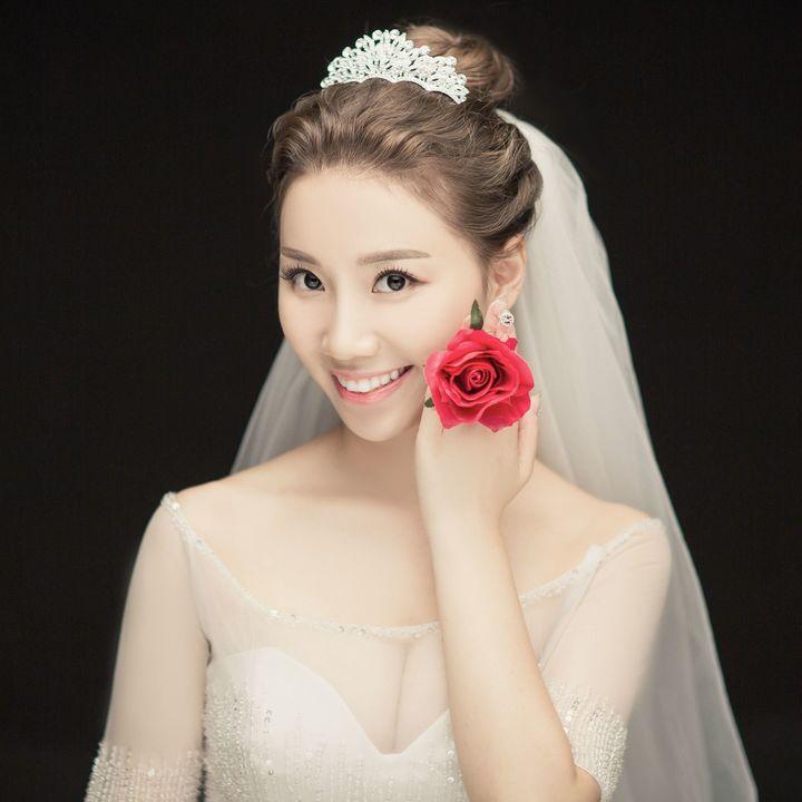 我的<a href='https://www.jiehun.com.cn/tag/a1/' target='_blank'>婚纱照</a>精修来啦,全天四对一拍摄哦