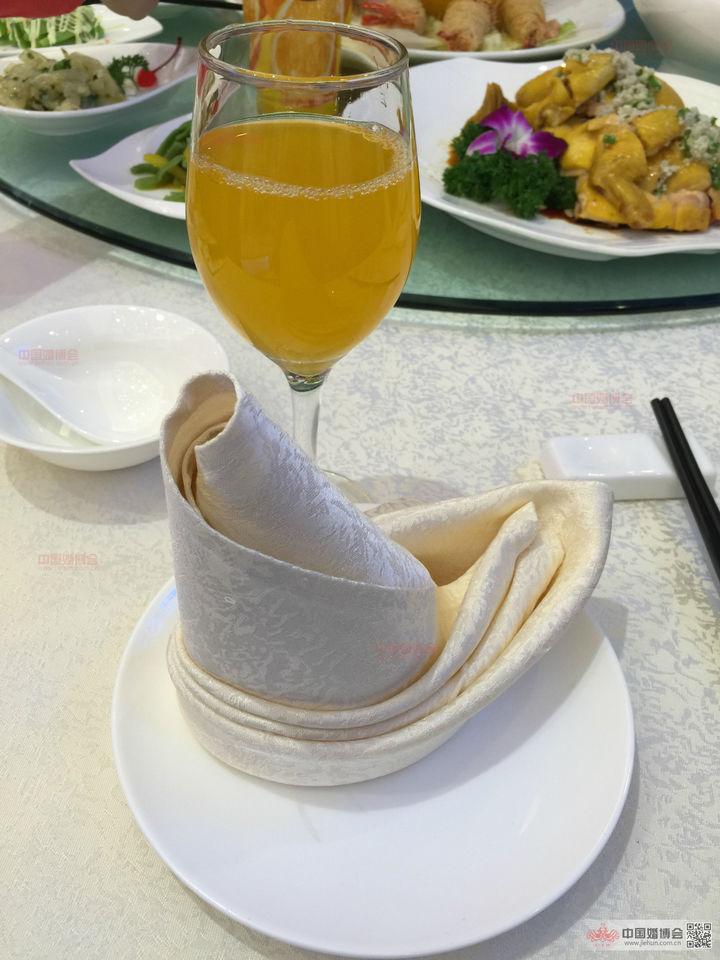 【小蝎原创20-4】<a href='https://www.jiehun.com.cn/tag/a11530/' target='_blank'>婚宴场地</a>也要好味道,如何平衡视觉与味觉的双重体验?