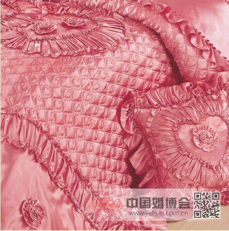 [飞鱼原创~~霸王餐NO.19]【结婚被子<a href='https://www.jiehun.com.cn/tag/a11471/' target='_blank'>传统婚俗</a>你知道多少】被子、被子、一辈子——飞鱼结婚喜被全攻略